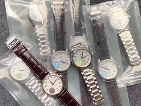 在站西买复刻表时,专柜包装是什么样?