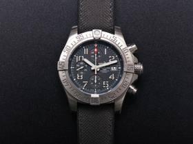 V9厂百年灵复仇者战机E1338310复刻计时腕表